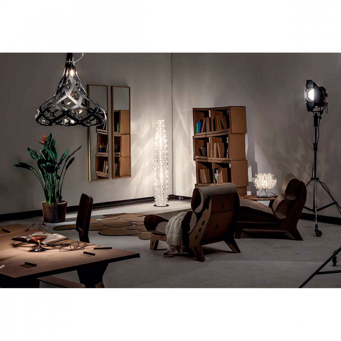 lampadaire salon cactus slamp zendart design. Black Bedroom Furniture Sets. Home Design Ideas