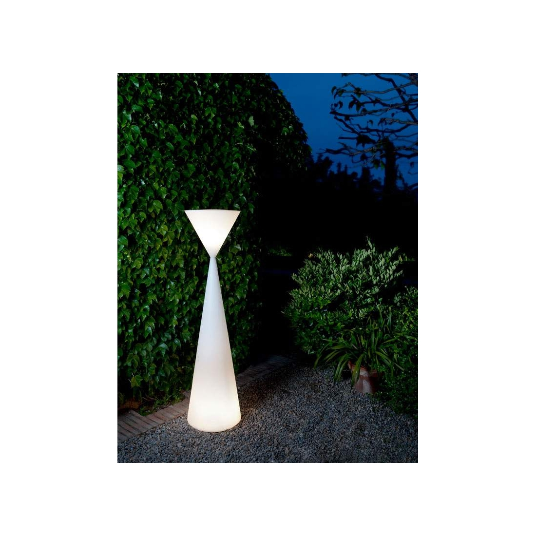 Lampe ext rieur design metalarte frida out lampes sur for Lampe de jardin exterieur