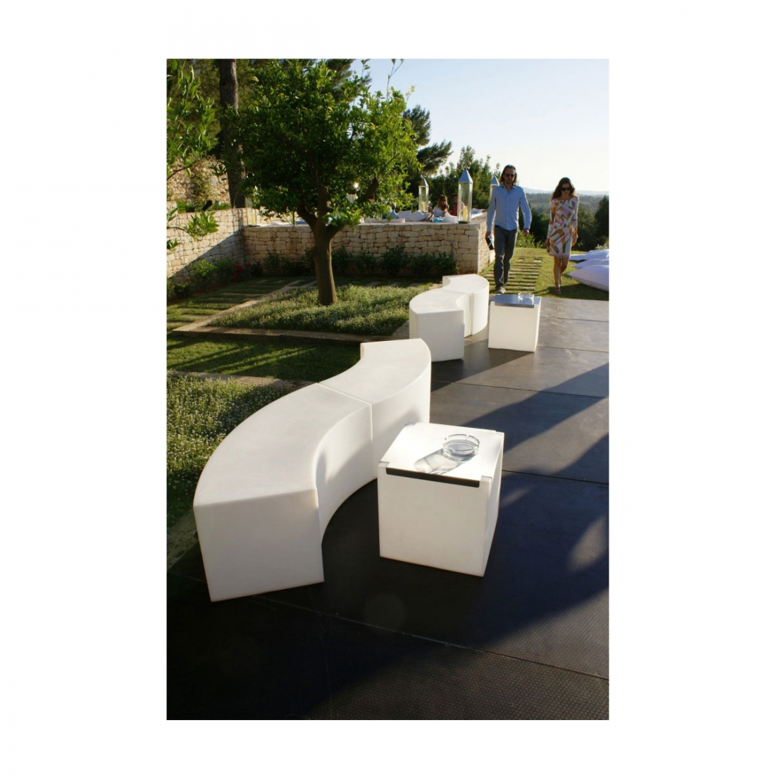 banc lumineux slide snake ext rieur bancs design slide bancs design. Black Bedroom Furniture Sets. Home Design Ideas