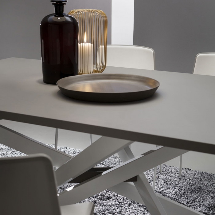 Table de repas design RENZO