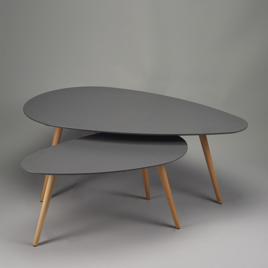 Tables basses gigognes design zendart design for Table de salon ronde design
