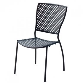 Chaise Queen design contract