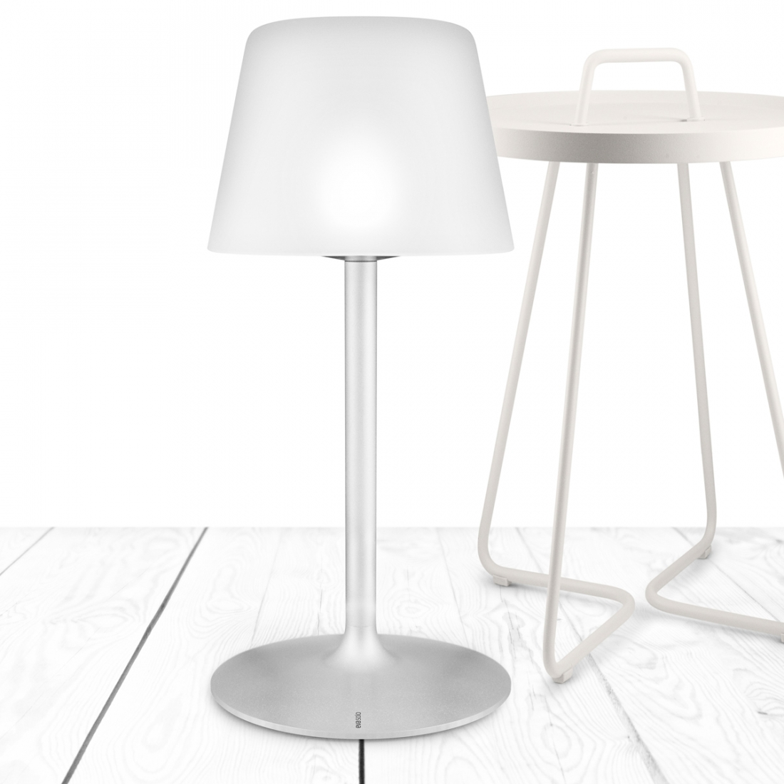 Lampe de table solaire SUNLIGHT par Eva Solo