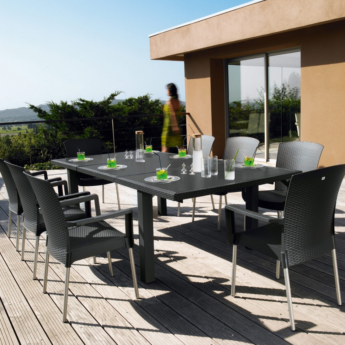 Salon de jardin de repas ineo design grosfillex for Salon jardin design