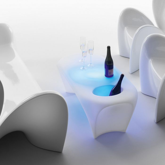 Table basse design MYYOUR Lily, avec IceBox, lumineuse