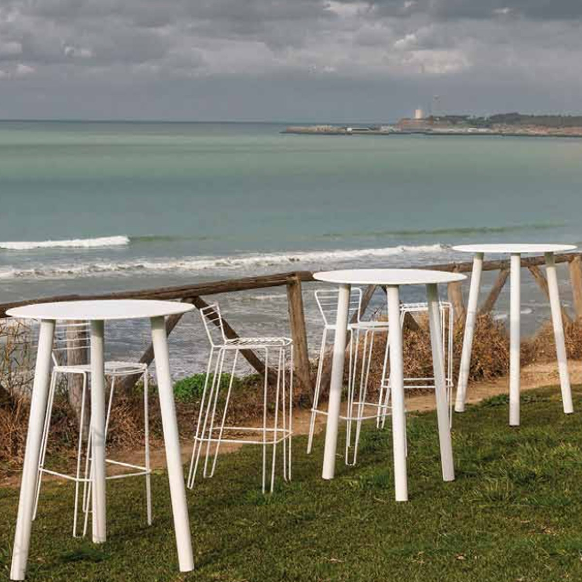 Table de jardin haute design corsica isimar ebay Table haute jardin design