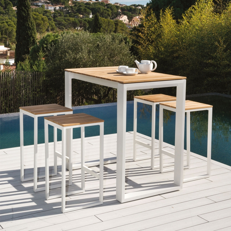 Table haute Riviera par Zendart Design Outdoor