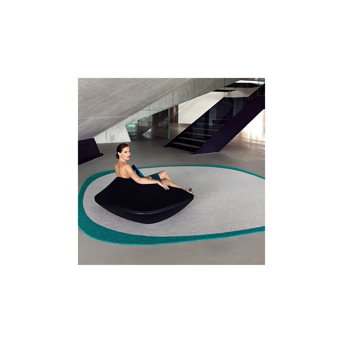 tapis tendance d ext rieur ufo vondom zendart design. Black Bedroom Furniture Sets. Home Design Ideas