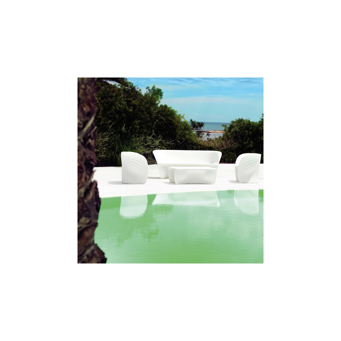 Table basse vondom biophilia lumineuse tables basses for Table exterieur lumineuse