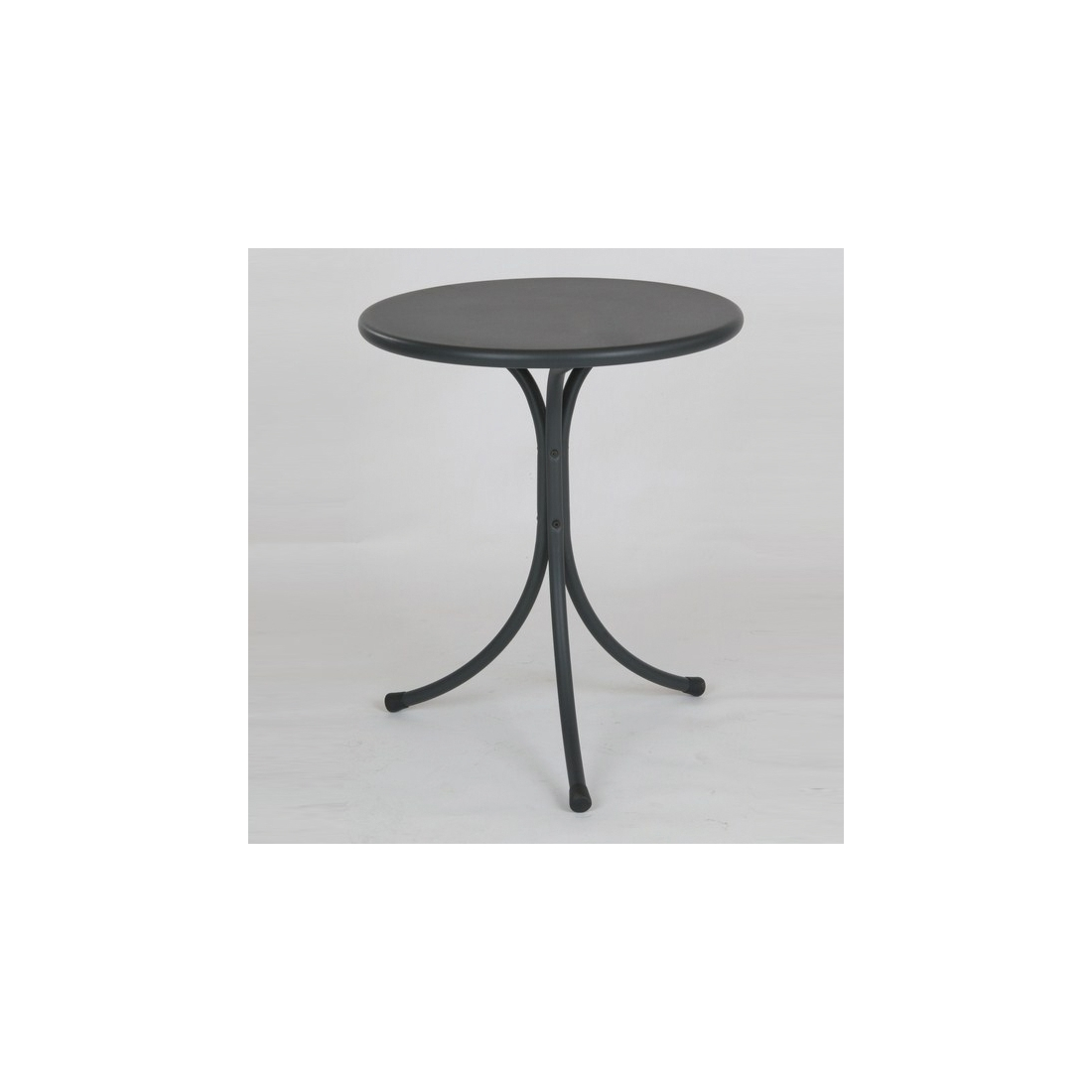 Table fisso rd italia iota tables manger design rd for Table exterieur solide