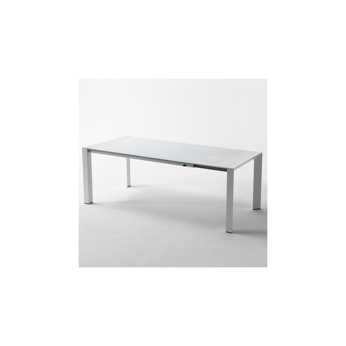 Table manger design laqu blanc rallonges bella table a for Table a manger rallonge