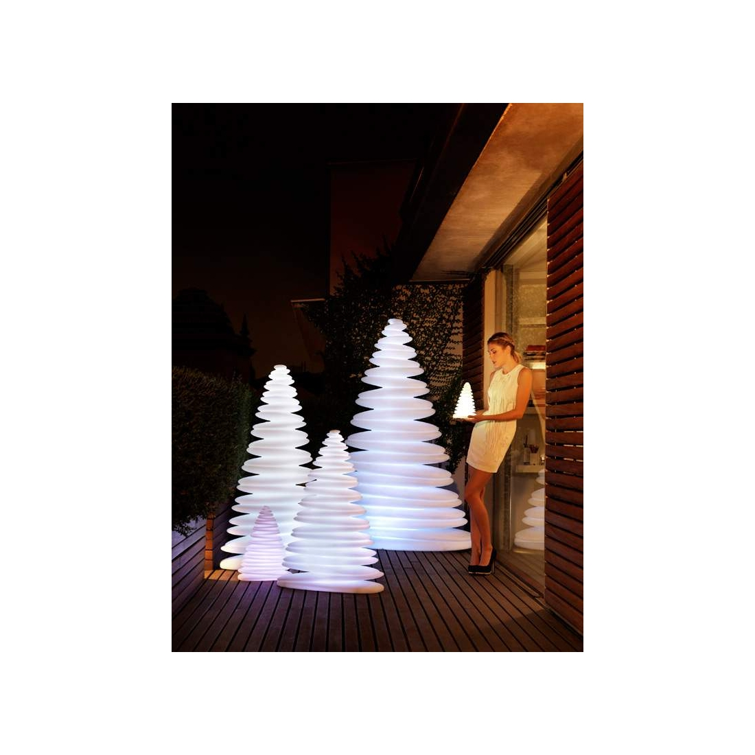 grand sapin de no 235 l lumineux vondom chrismy