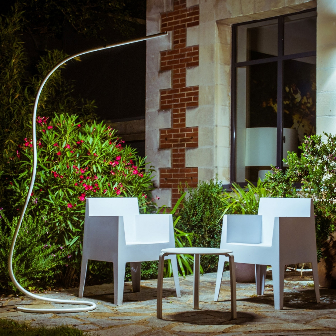 lampe design outdoor structures s7 led lampes poser design. Black Bedroom Furniture Sets. Home Design Ideas